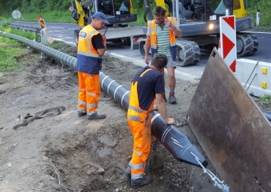 AGRU's Close-Fit liner being installed in a sewer near Linz, Austria